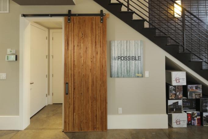 100556-serenbe-lane-contemporary-interior-foyer-barn-door-atlanta-lg-squared-inc-proud-green-home