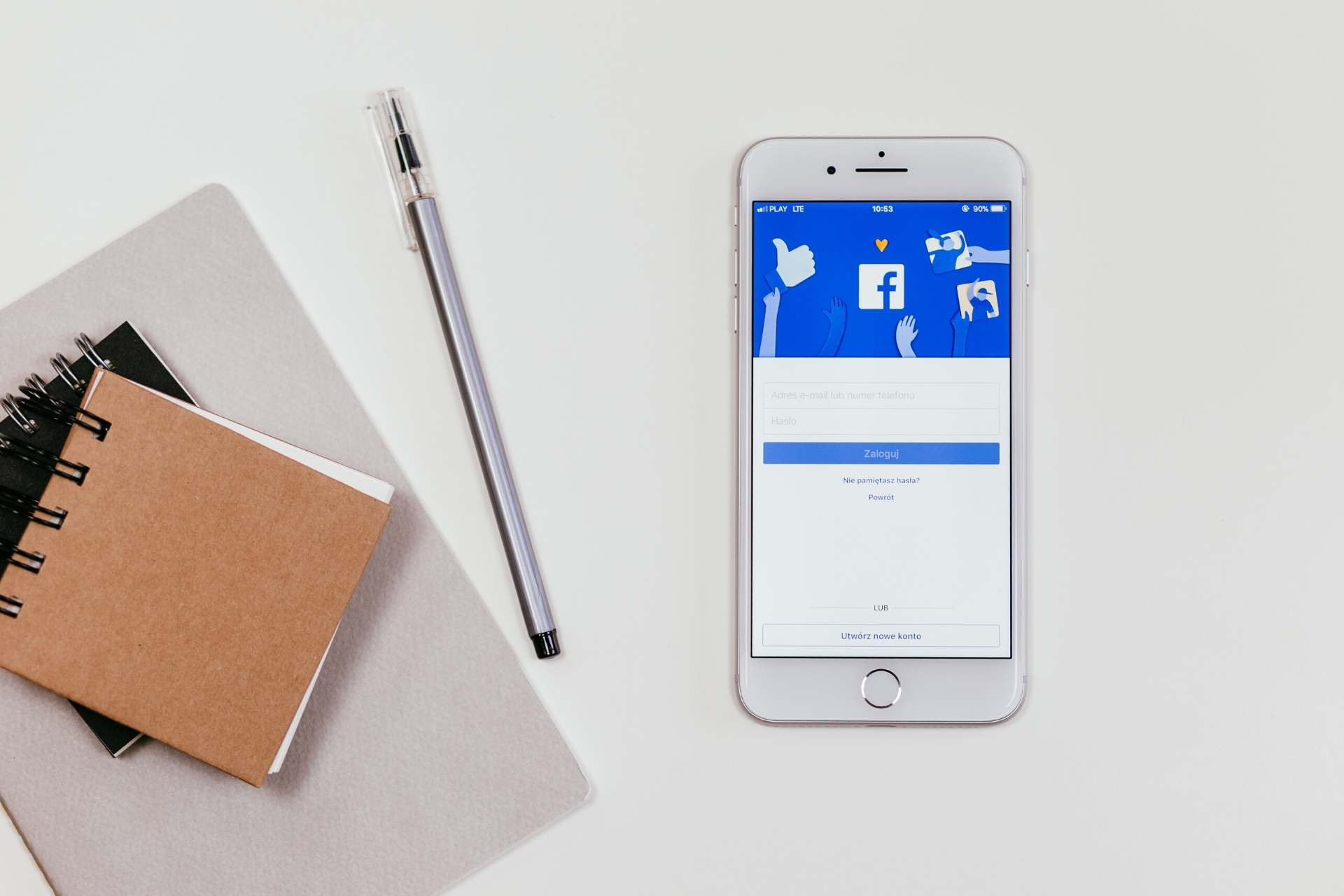 Facebook offers advertisers a wide range of ad formats. These include Image ads, Video ads, Carousel ads, Instant Experience ads, and Collection ads.