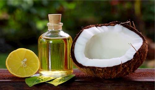 Phối hợp dầu dừa với nước cốt chanh