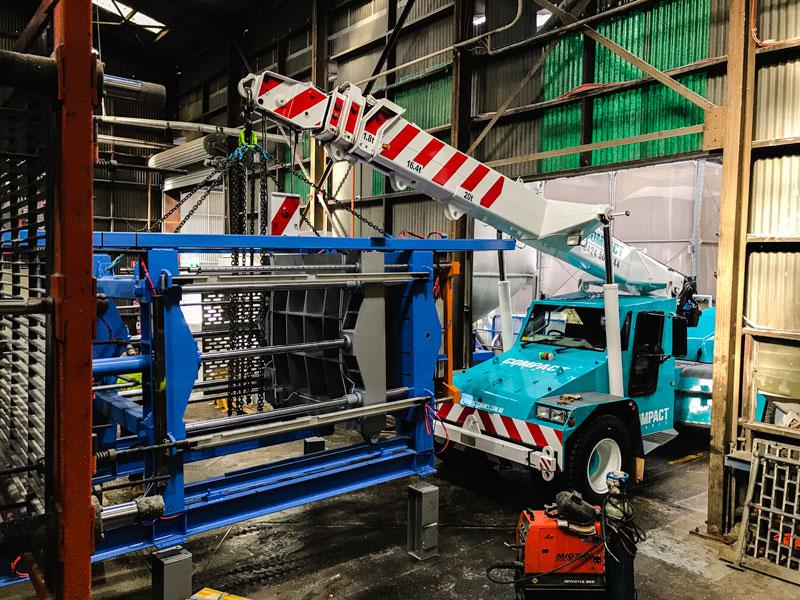 Franna crane machinery installation