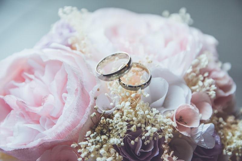 En bröllopshemsida med bild