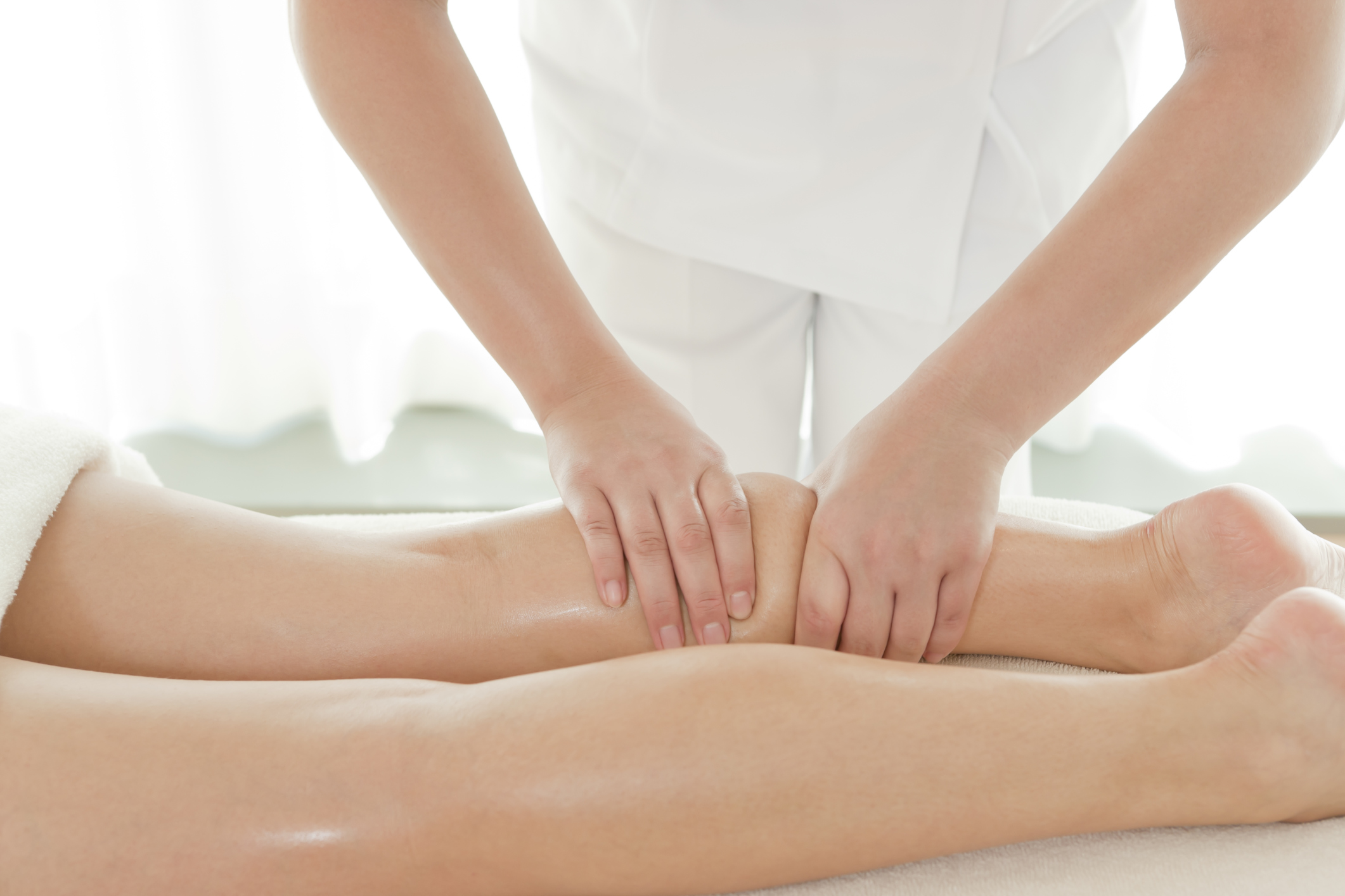 French Skinny Legs & Body Lymphatic Aesthetic Massage