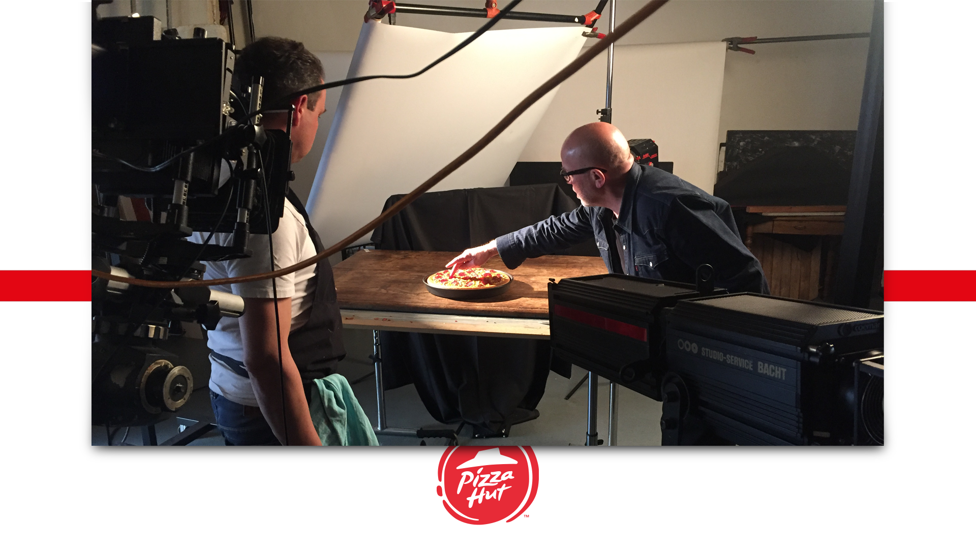 Blick hinter die Kullissen eines Fotoshootings für Pizza Hut.