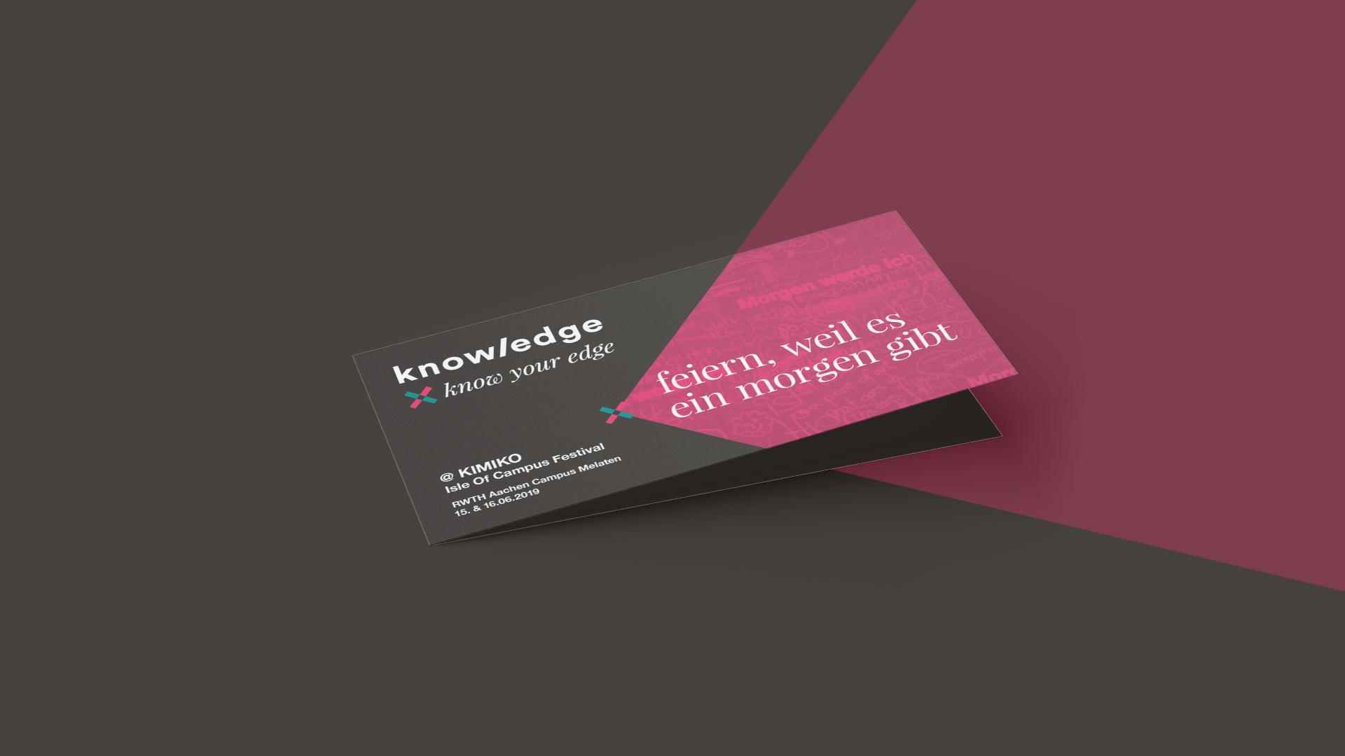 """Einseitger DIN-lang Flyer im Coporate Design von The Knowledge mit dem Titel """"Feiern, weil es ein Morgen gibt."""""""