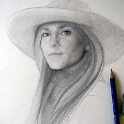 Artist Carolyn Robles
