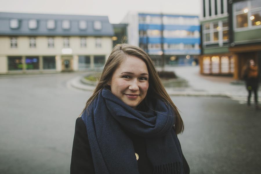 Brown haired girl in Tromsø