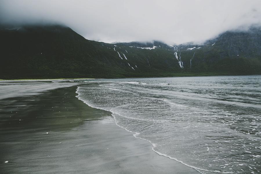Foggy beach in Steigen