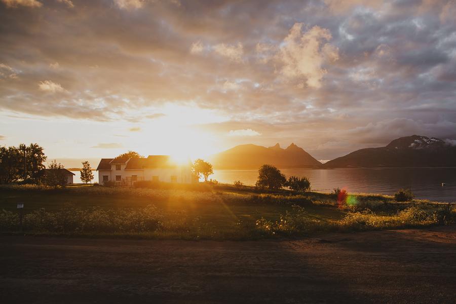 Sun shining in Steigen