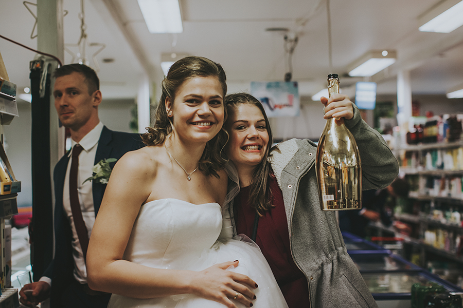 The bride and her made of honor
