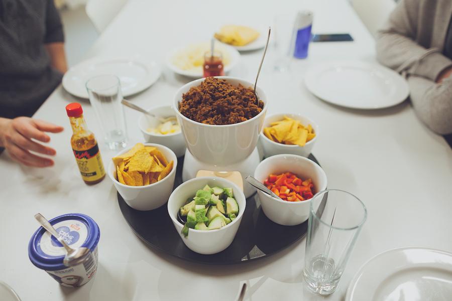 Taco plassert på et hvit bord