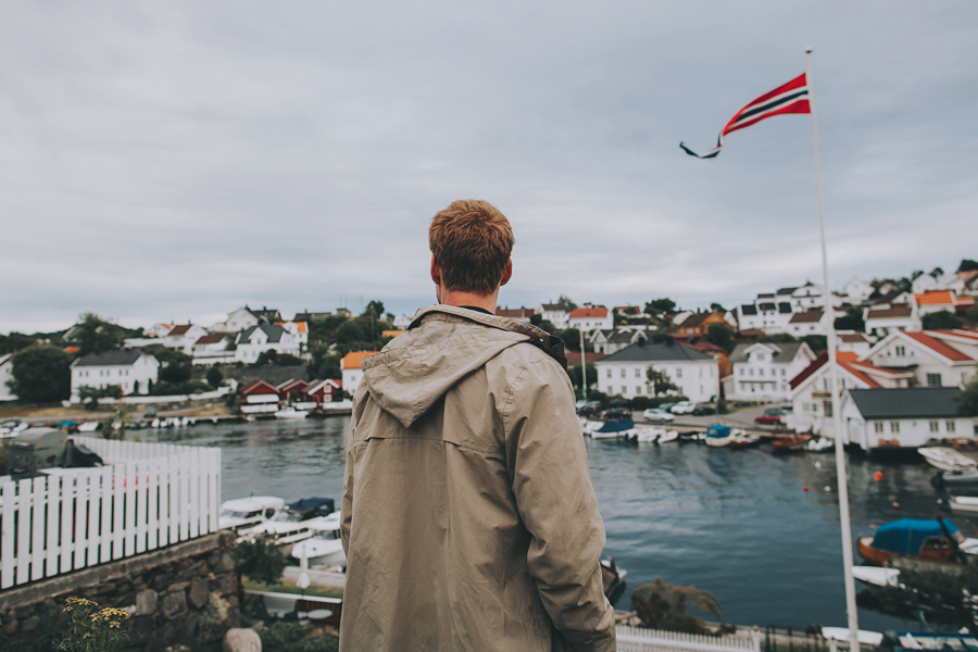 Boy looking at Arendal