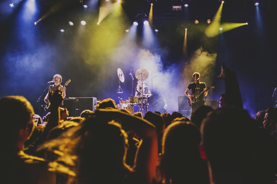 People at a Bigbang concert