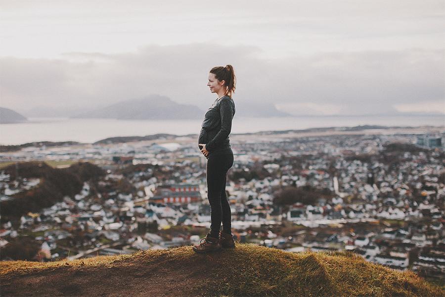 Pregnant girl in Bodø