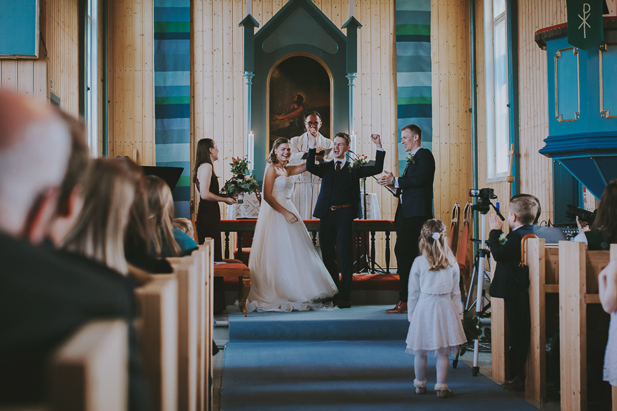 The couple are just married in a church