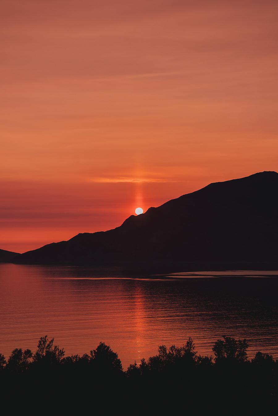 Red sunset in Grøtfjord