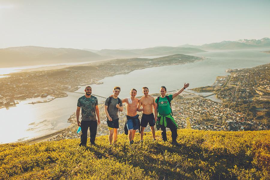 Group of boys at Fjellheisen in Tromsø