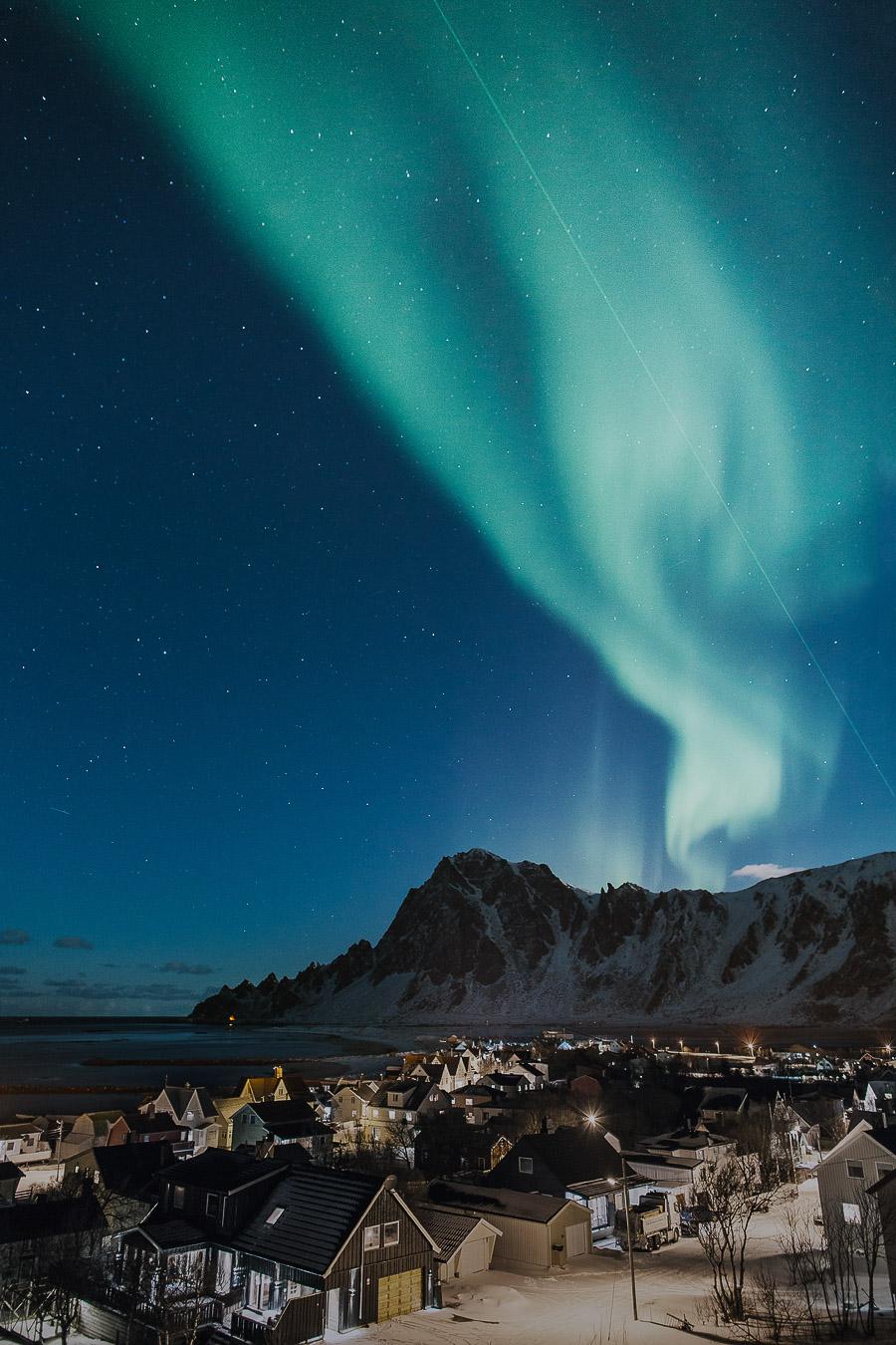 Nortern lights dancing over Bleik on Andøya