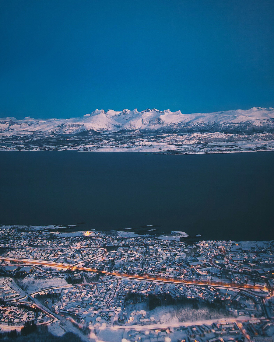 Børvasstindan and Bodø seen from the air