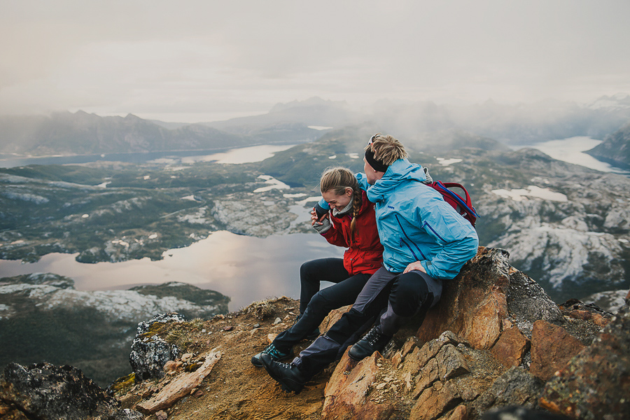 Couple at the top of Steigtinden in Bodø
