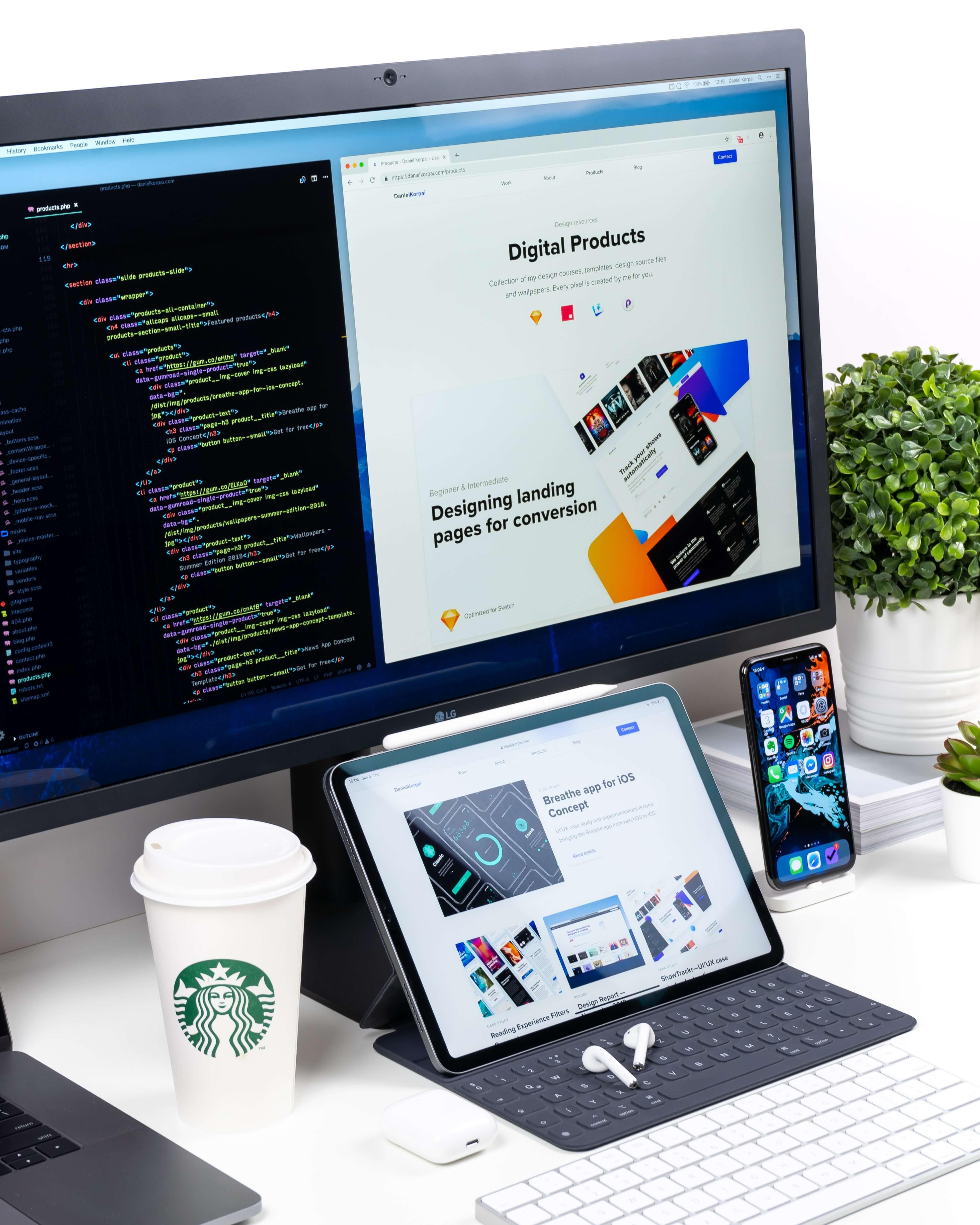 tablette et ordinateur site en cours d'intégration