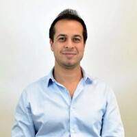Arash Fayz headshot