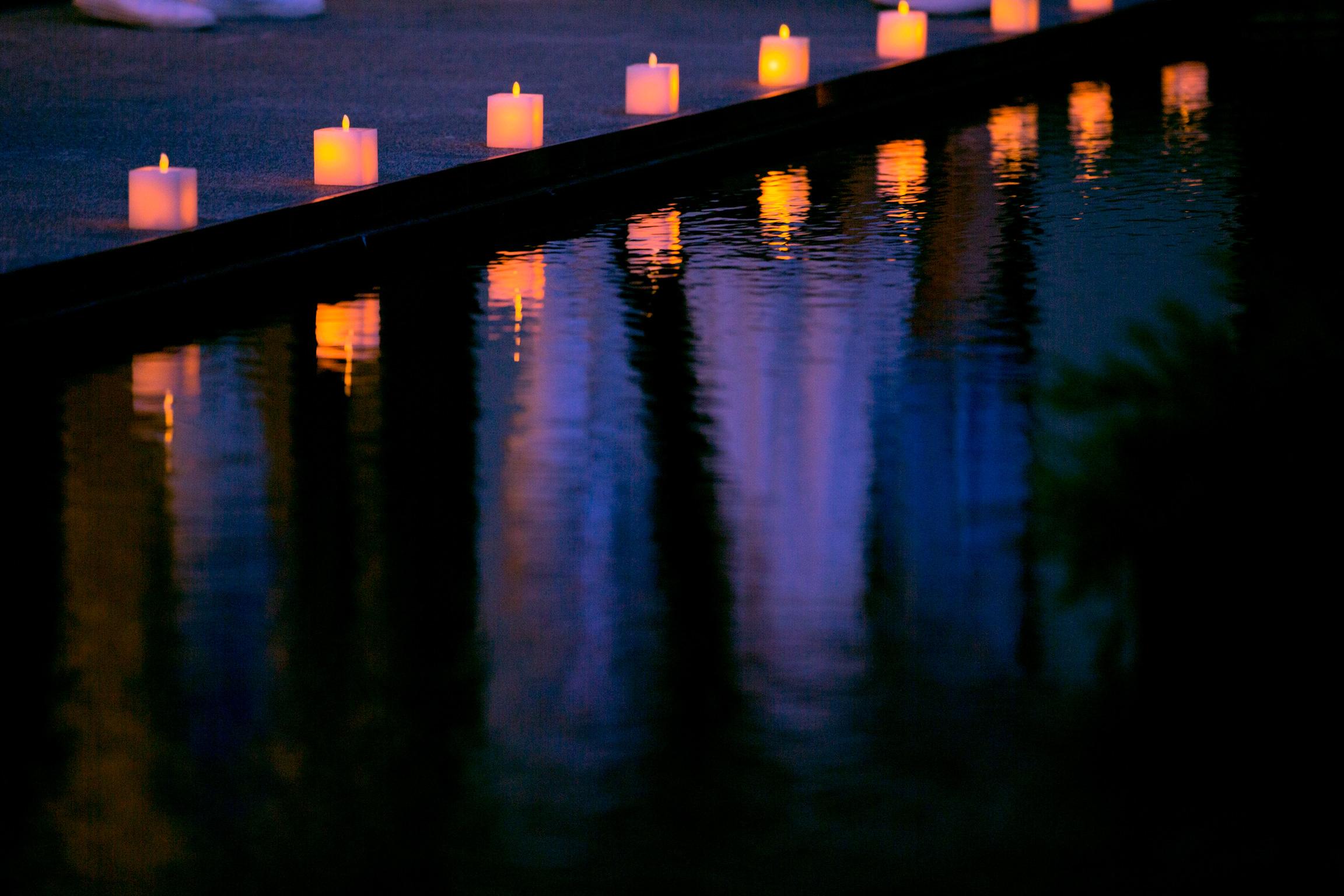 林口惠友雙捷境景觀中庭夜間風景