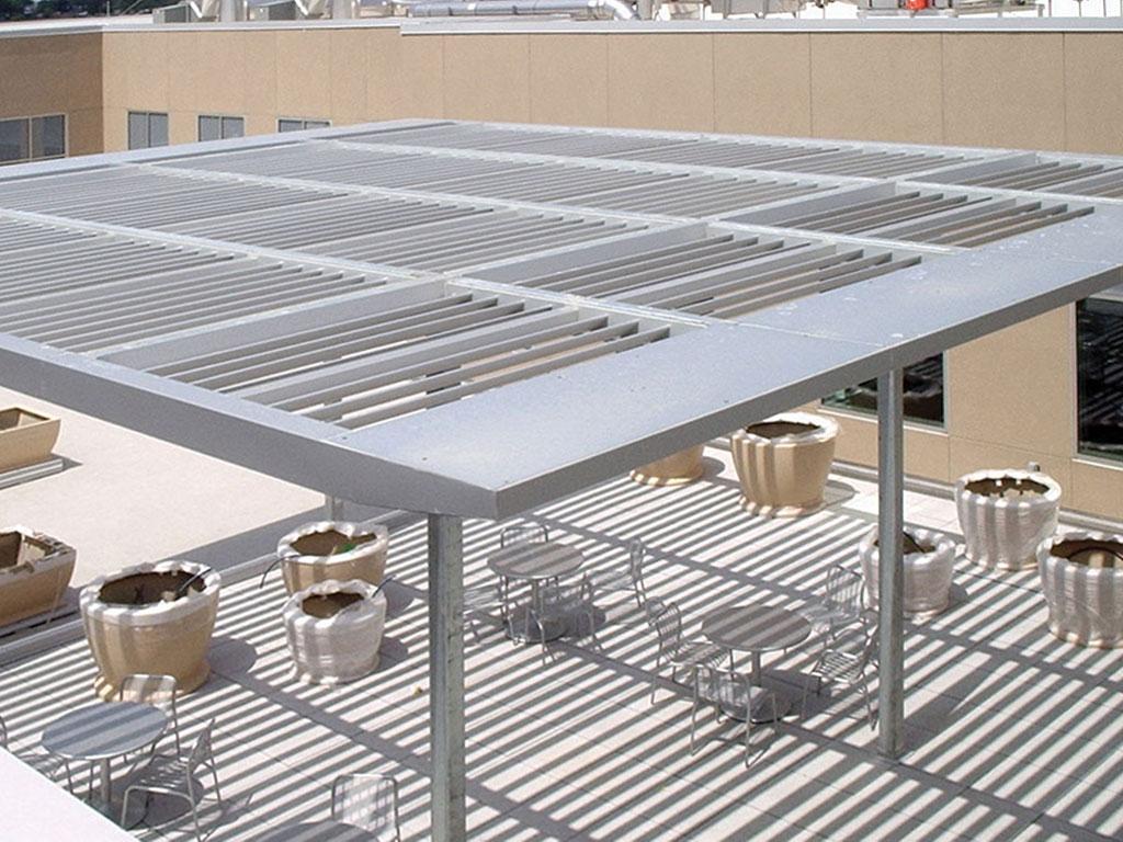 aluminum trellised sunshade