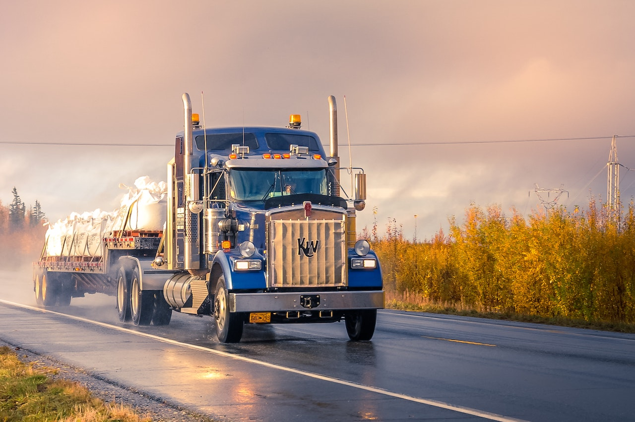Local Freight Trucking: Canada and The U.S Compared