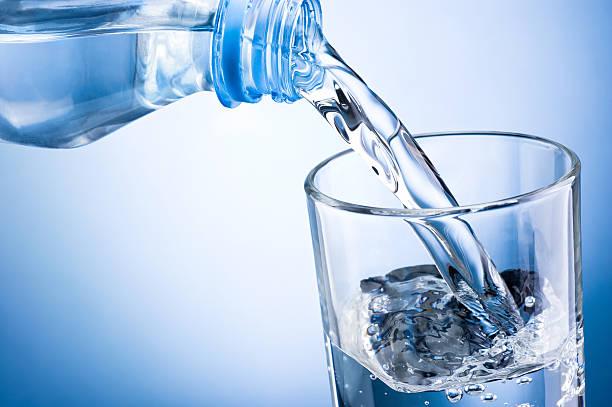 Bù nước rất quan trọng với bệnh nhân sốt xuất huyết