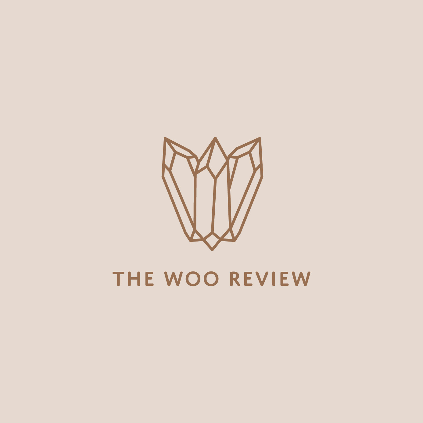 The Woo Review branding, photo direction, Instagram templates, and website consulting by Jennifer Miranda.