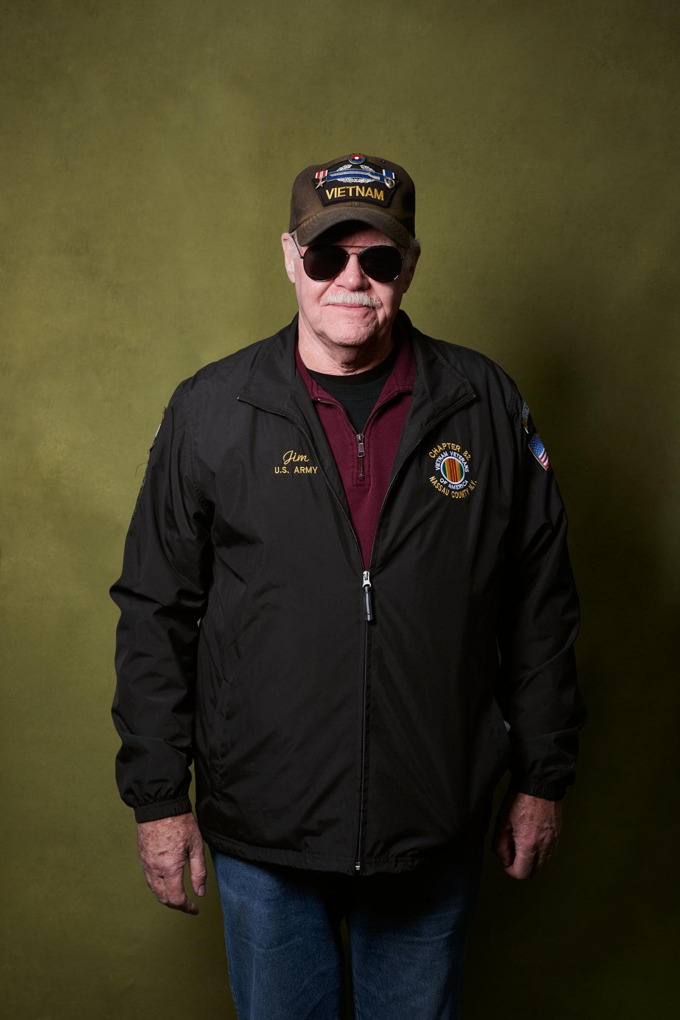 Specialist Jim Robertson