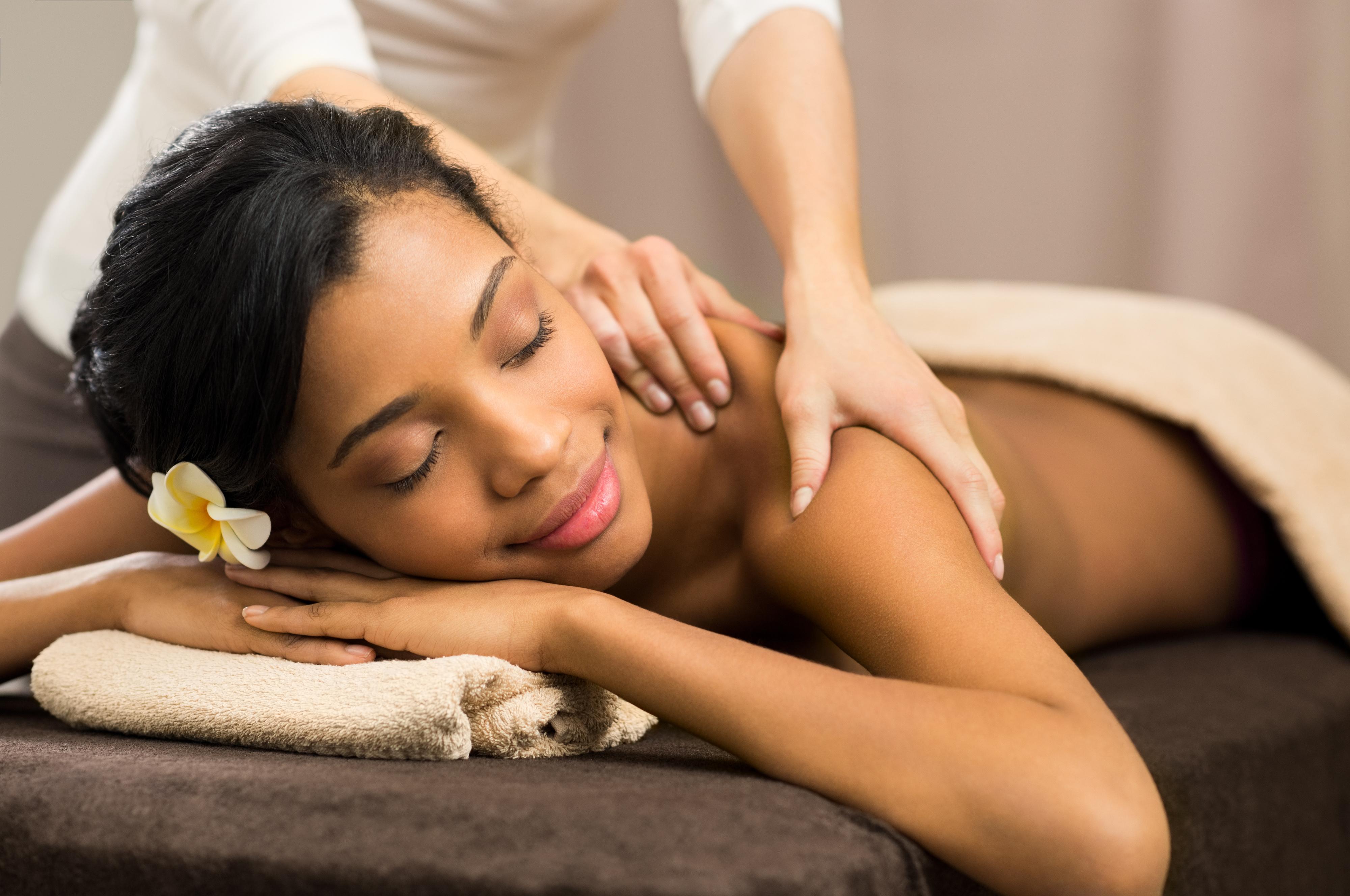 Massage at iRetreat Portugal