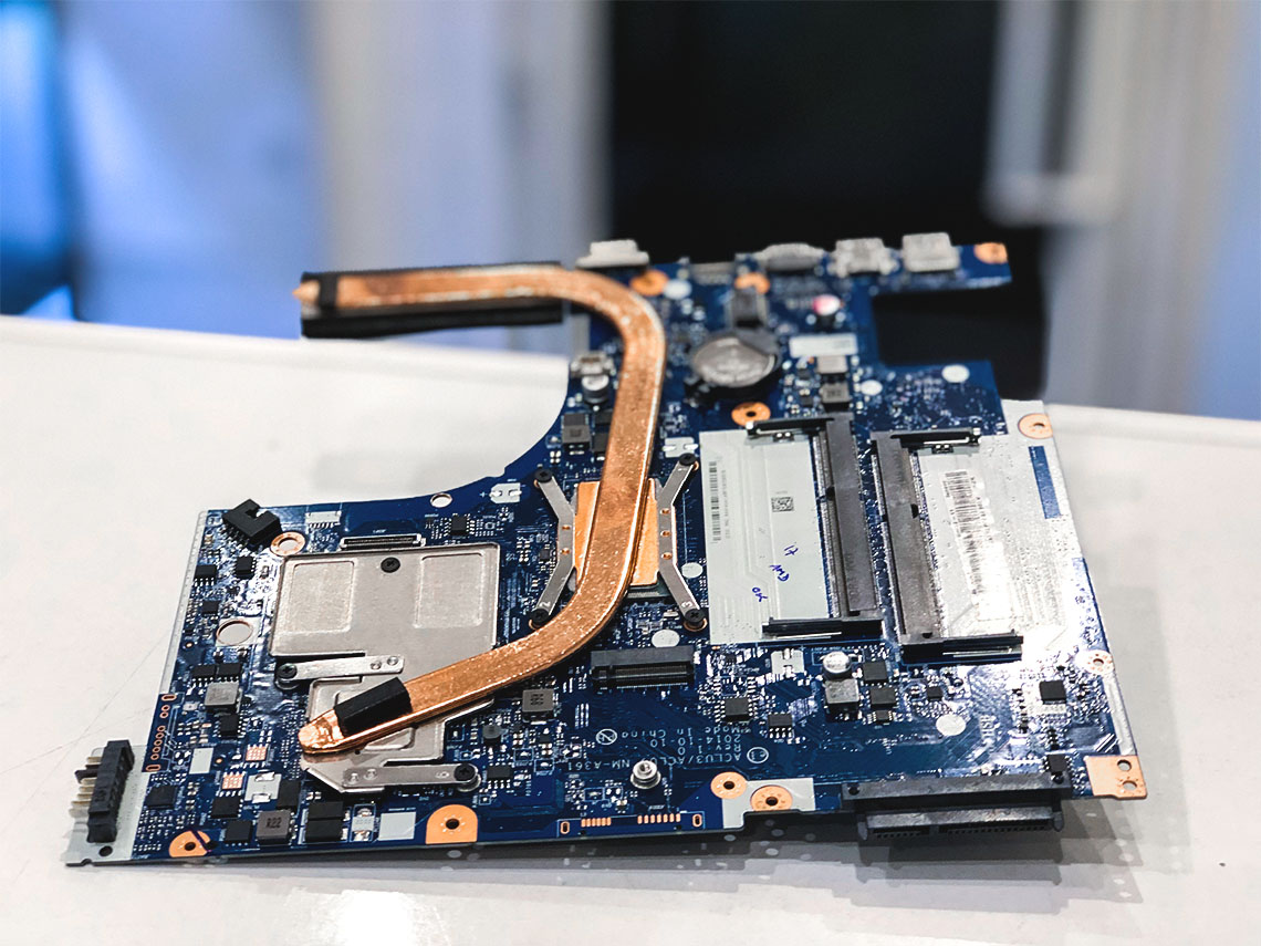alaplap javítás, alaplap csere, laptop alaplap, hibás alaplap, áramköri hiba