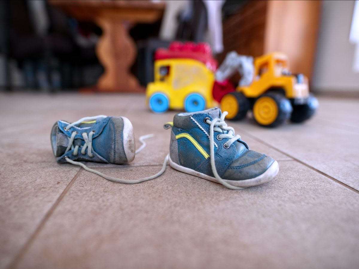 Why Should A Transport Company Put On Childrens Shoes?