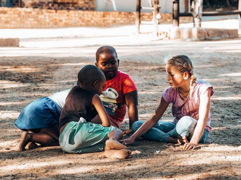 Familie auf Weltreise Thailaender
