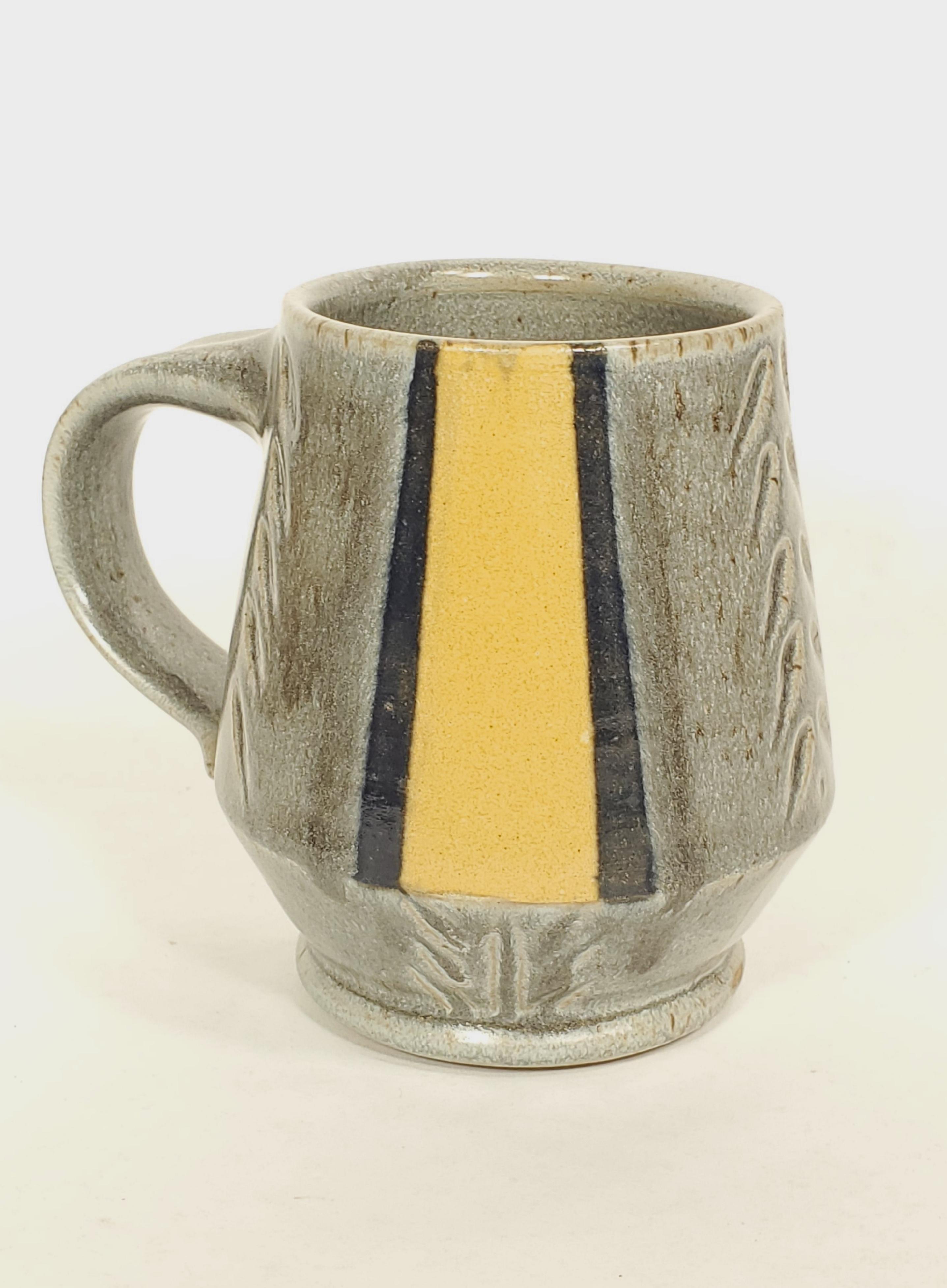 Mug, grey with stripes
