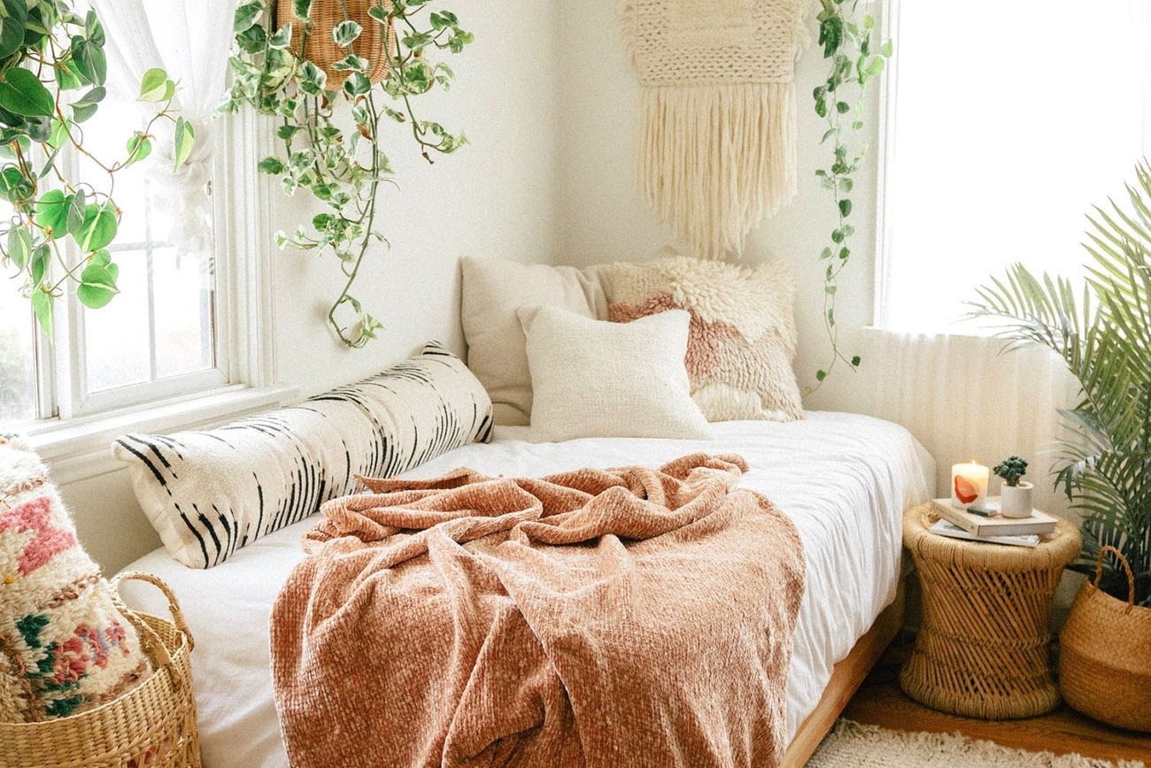 Boho Chic dorm room.