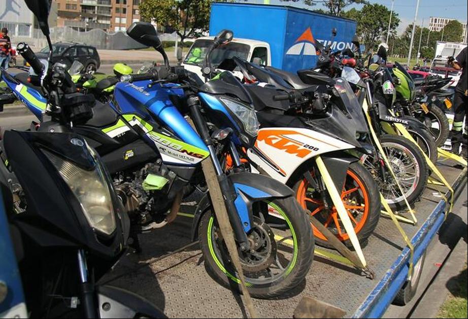 Motos parqueadas