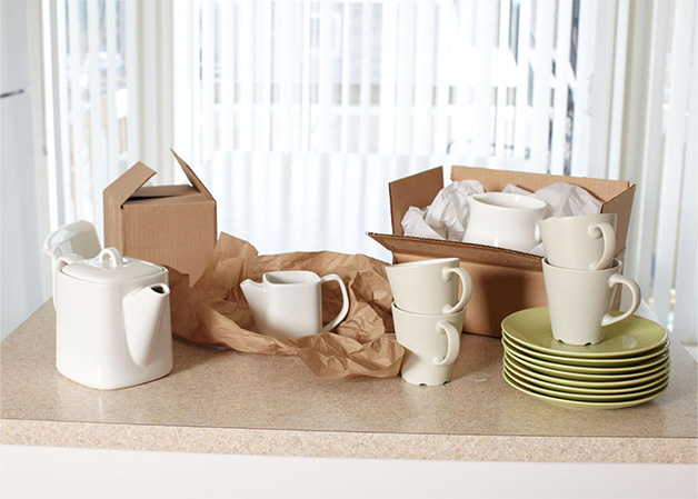 Packing Dishes Without Newspaper: 8 Effective Alternatives