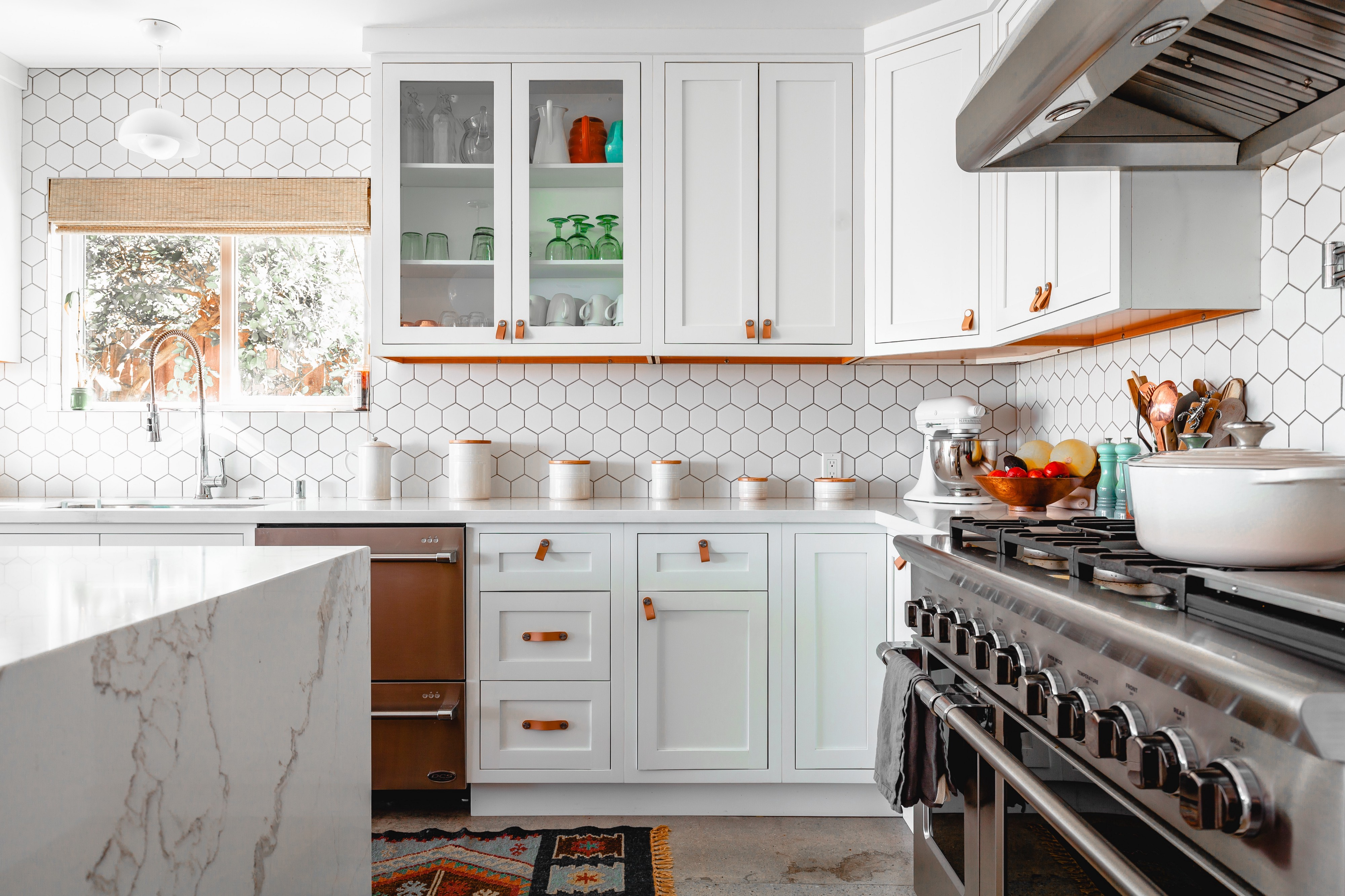 Light and airy kitchen with white cupboards