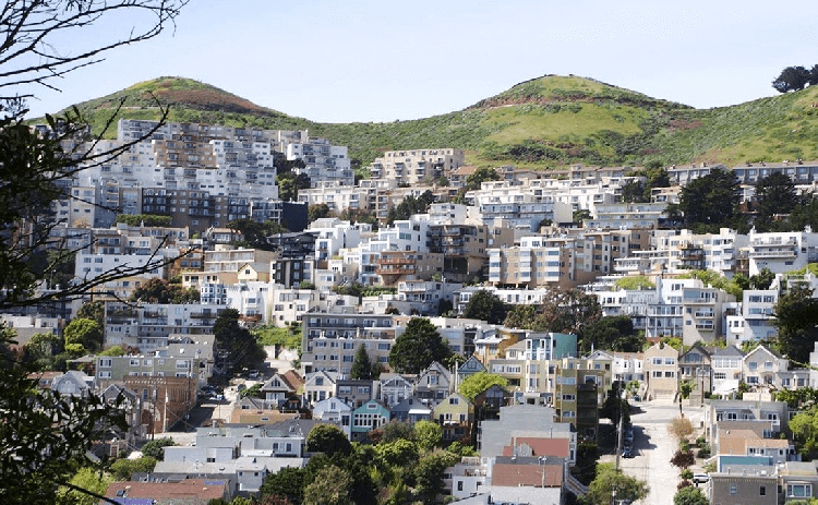 Homes on the hill of Twin Peaks