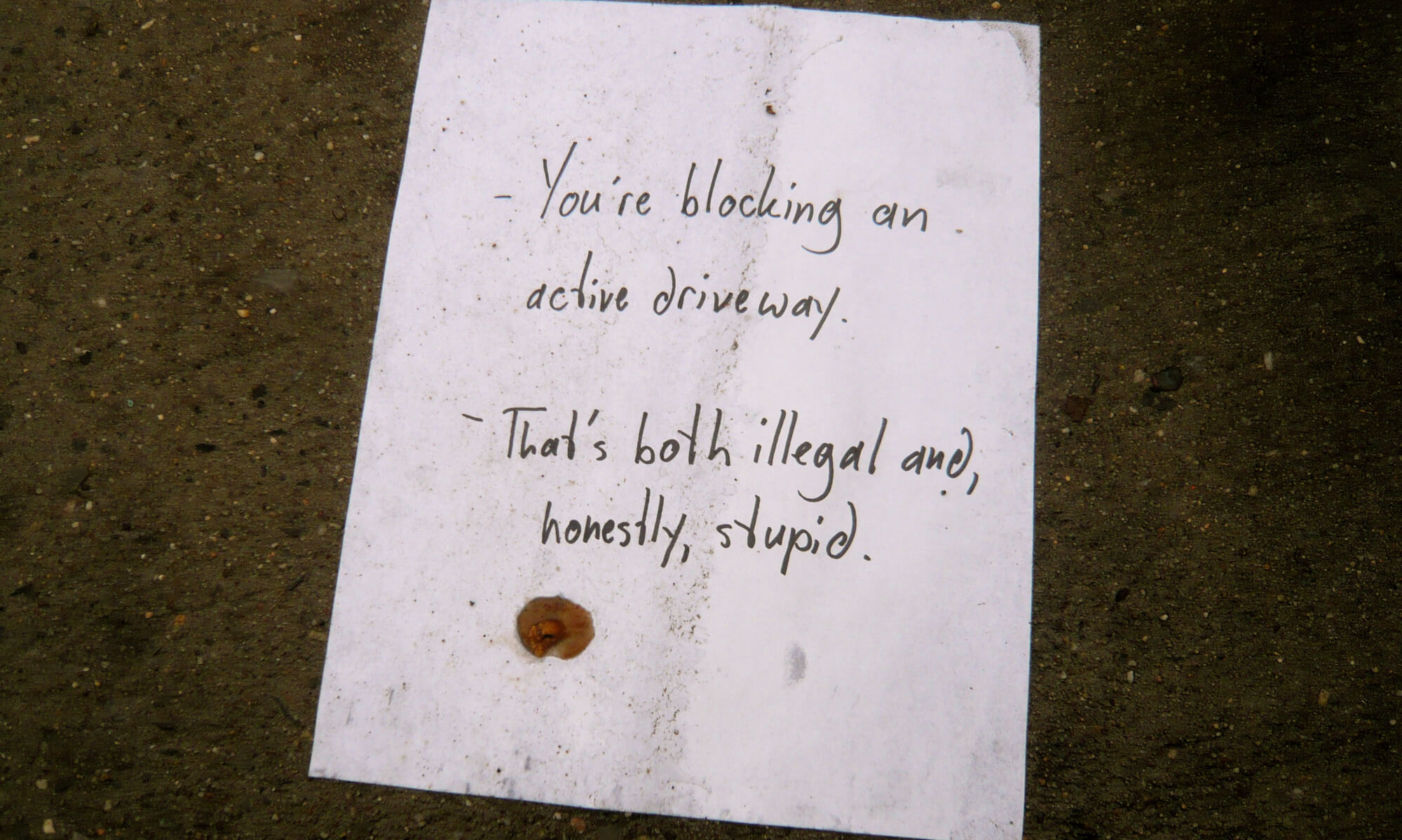 note admonishing someone parking in front of philadelphia driveway