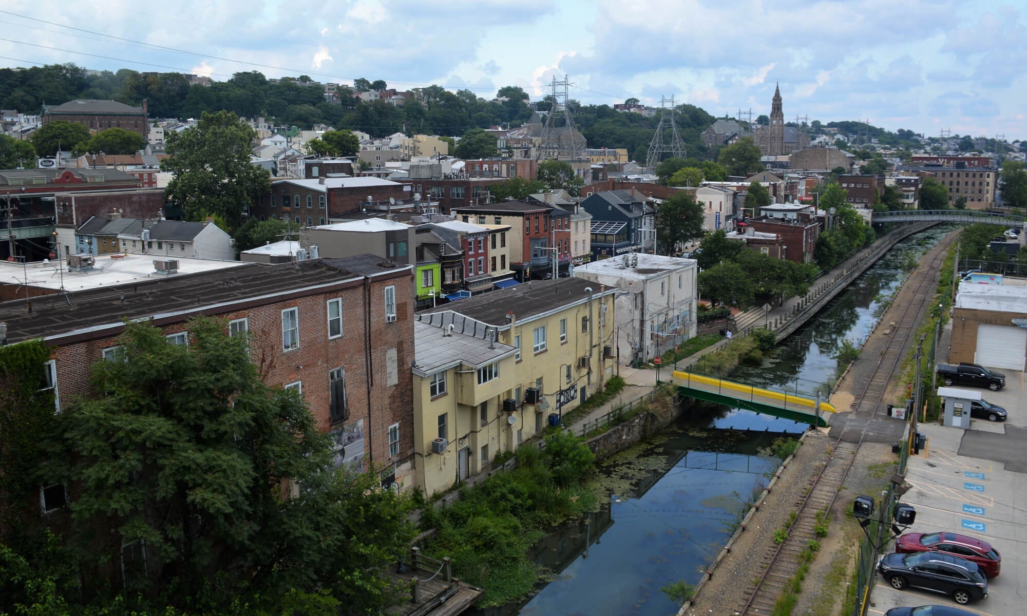 view of hills and houses in Manayunk, Philadelphia