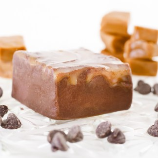 A mix of our slow-cooked, rich caramel and our decadent chocolate fudge.