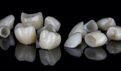 dental-crowns-intellidenstia