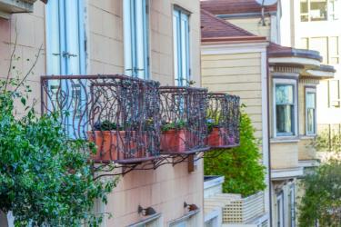 off-campus housing San Francisco