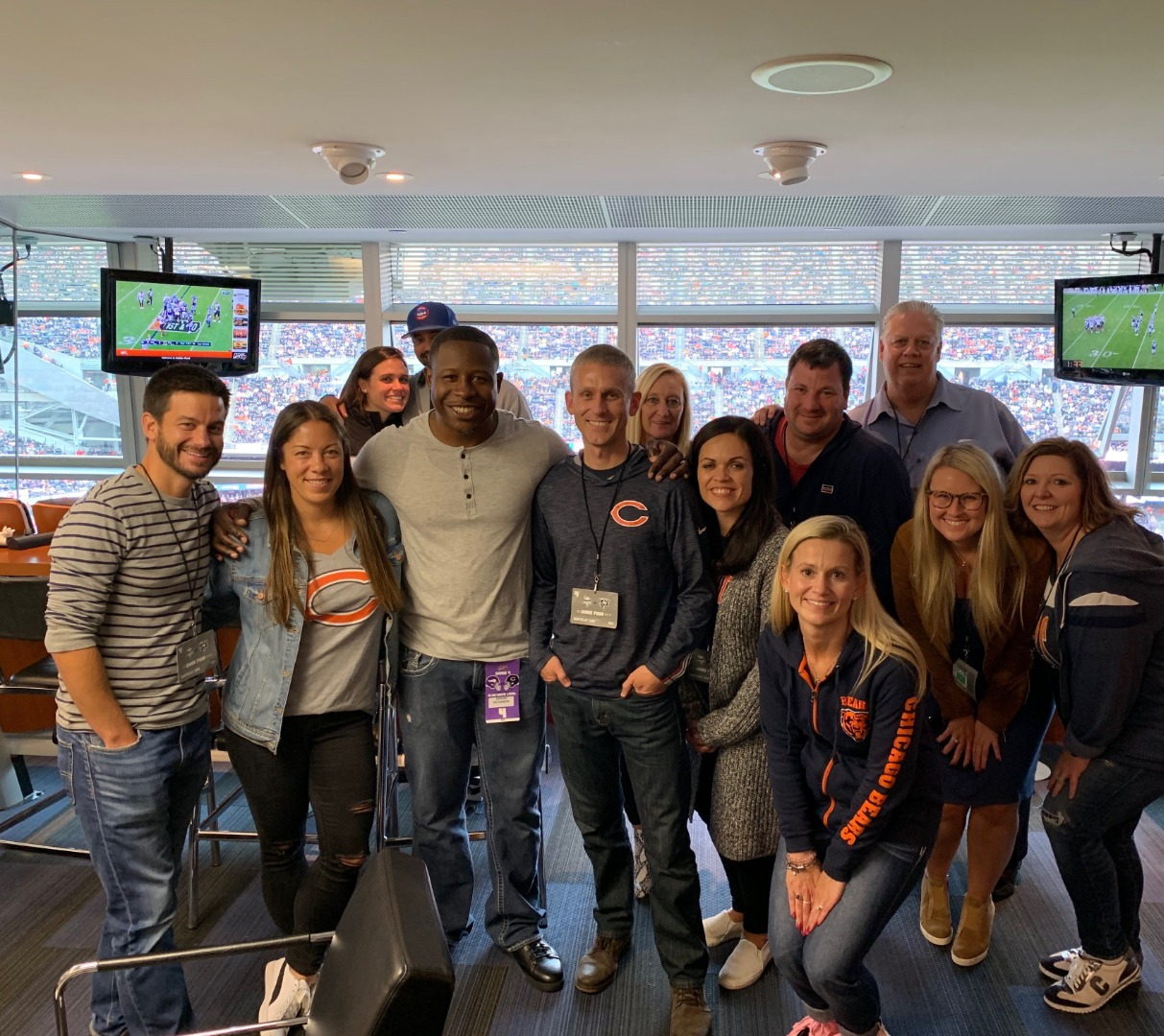 Hanging with Adrian Peterson at Bear's game 09/29/19