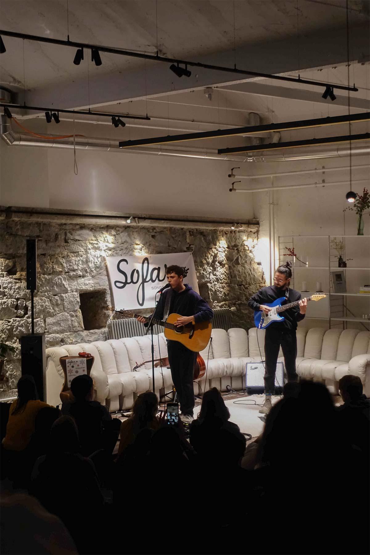 Sofar concert in front of de Sede ds600 couch in VN Residency