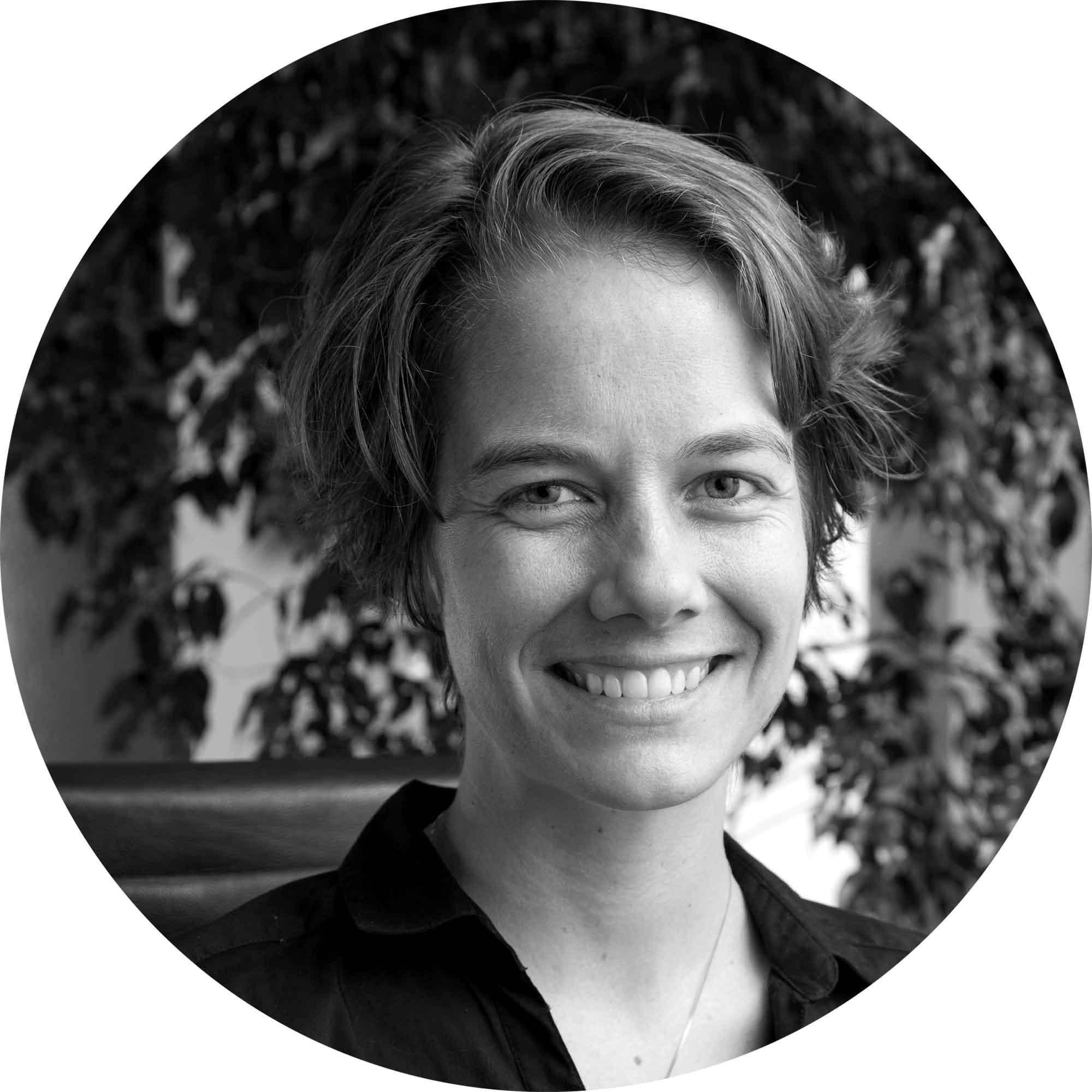 Jenny Leonard, Content Specialist