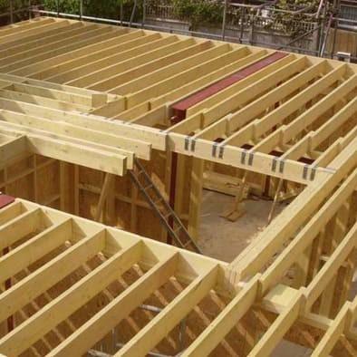 Sept règles d'or pour les planchers solives avec un chauffage au sol